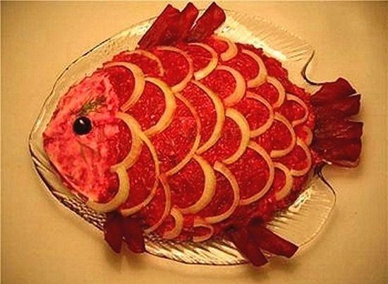 Салат селедка под шубой фото в виде рыбы