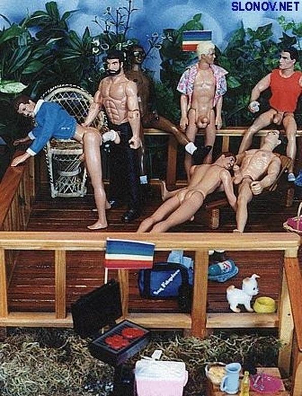 porno-v-kukolnom-domike