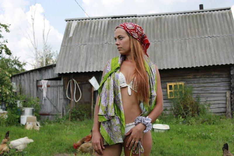 Видео деревенские девчонки Всё