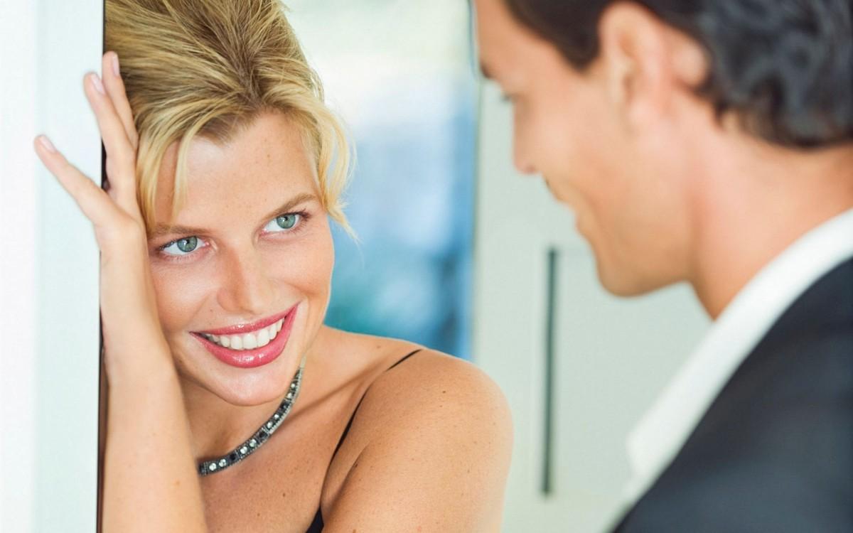 Женщину первом знакомстве привлекает что при
