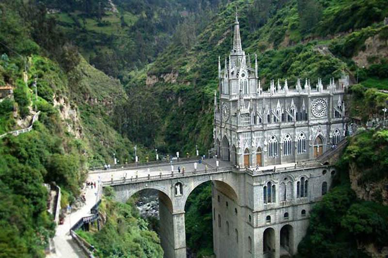 Фото самых красивых костелов мира