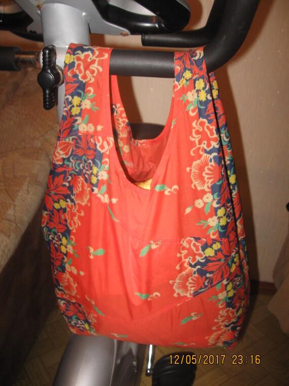 Сшит сумку из старого зонта 938